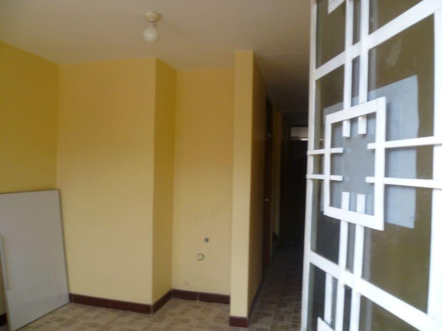 Hall de ingreso al 2do. y 3er. piso
