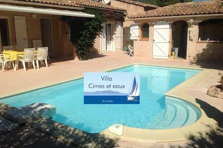 """Villa """"Cimes et eaux"""" Sainte Lucie - sainte-Lucie de Porto-Vecchio"""