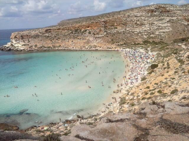 double room air conditioning - Lampedusa  - Villa
