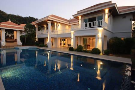Hua Hin Sai Noi Beach Pool Villas - Tambon Nong Kae - 一軒家
