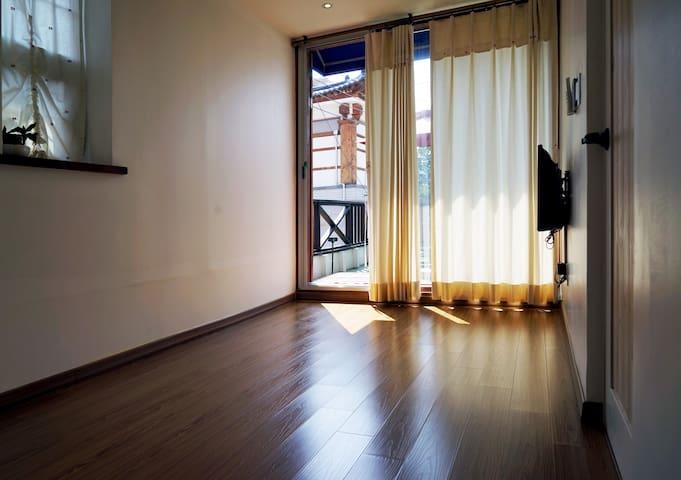 전주 한옥마을 유정 6인실 복층 - Wansan-gu, Jeonju - House