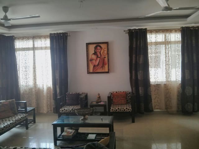 3BHK FULLY FURNISHED APARTMENT - Bangalore