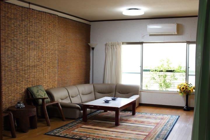 大阪市平野区 一軒家の2階  - Osaka - Ev