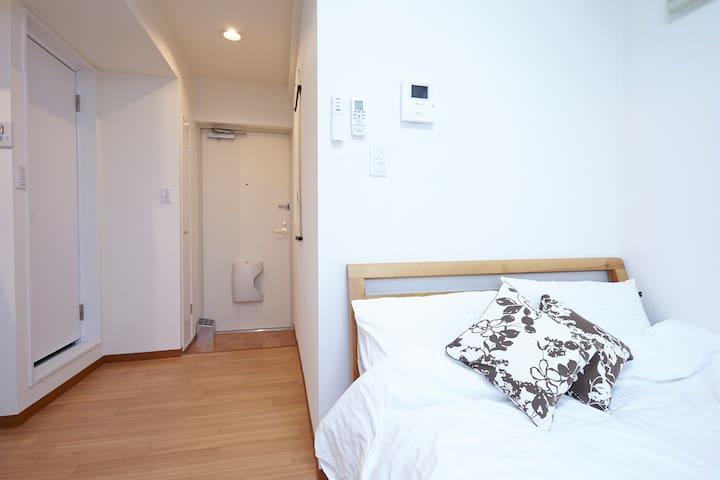 Entrance,Semi double size(122×195cm)bed