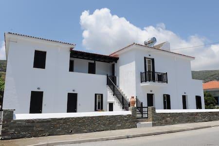 Villa Korthi - Όρμος Κορθίου