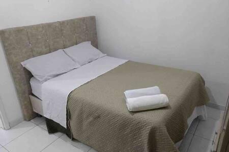 Espaço inteiro confortável e custo benefício 04