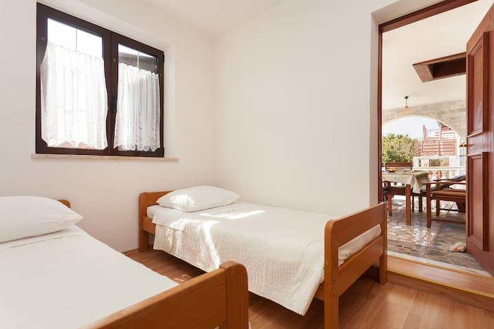 Apartment 5 persons in Funtana - Funtana - Apartamento