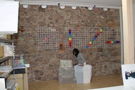Bei Künstlern auf dem Dreiseitenhof - Coswig
