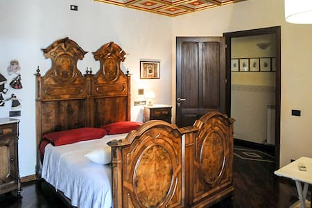 Villetta in zona residenziale - Ponte Valleceppi - 家庭式旅館