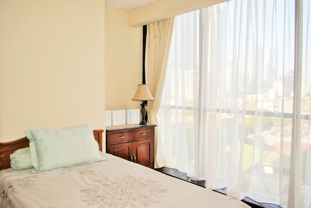 City center homey simple home apartments for rent in for Minimalist house jakarta