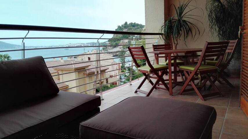 LUXURIOUS APPARTMENT IN ALTEA