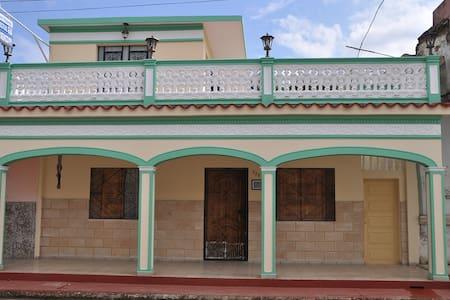 Cayo Coco.Morón.Hostal Perez Cruz 1 - House