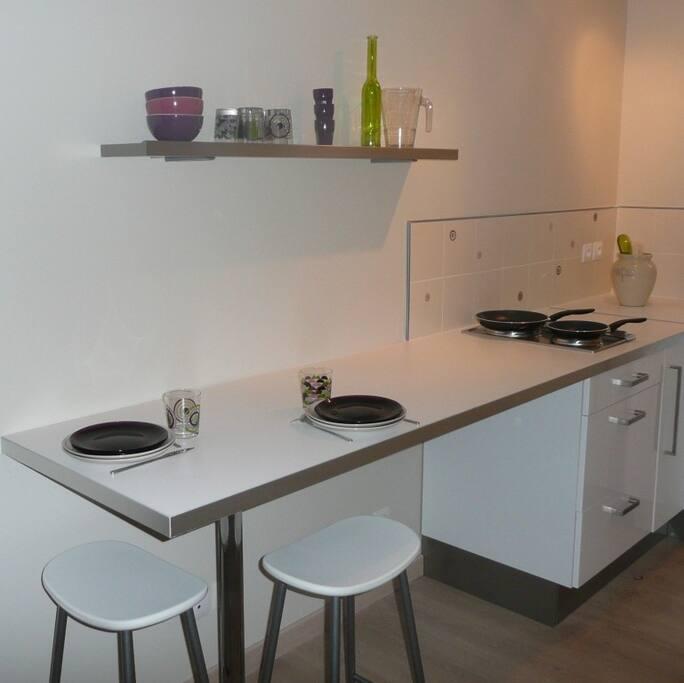Aix t1 avec piscine c t bastide apartments for rent in aix en - Cote bastide aix en provence ...