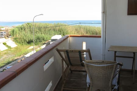 Sea view flat in Porto Palo (AG) - Porto Palo Est - อพาร์ทเมนท์