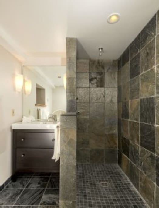 Bathroom, slate tiles, view!