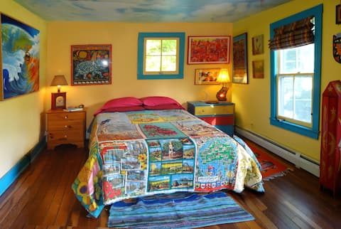 Phoenicia Catskill Farmhouse - A Yurt this Spring!