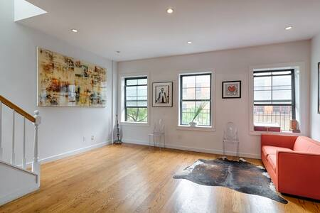 Soho Art Loft with private roofdeck - 紐約