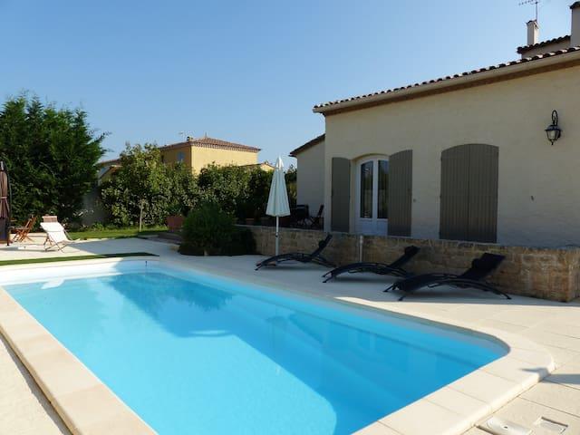 Chambre suite dans villa à Montpellier - Cournonterral - Casa