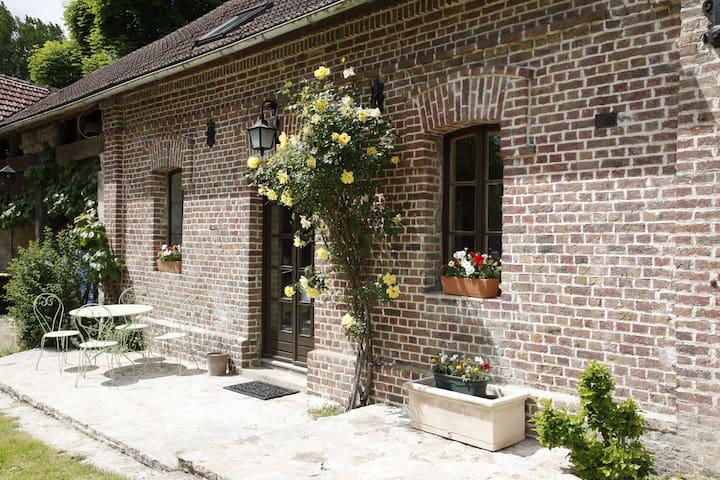 Montgresin  5min de Chantilly :  Gîte 1 - Orry-la-ville - Rumah