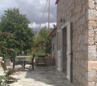 Très jolie petite maison - Marignana - Casa