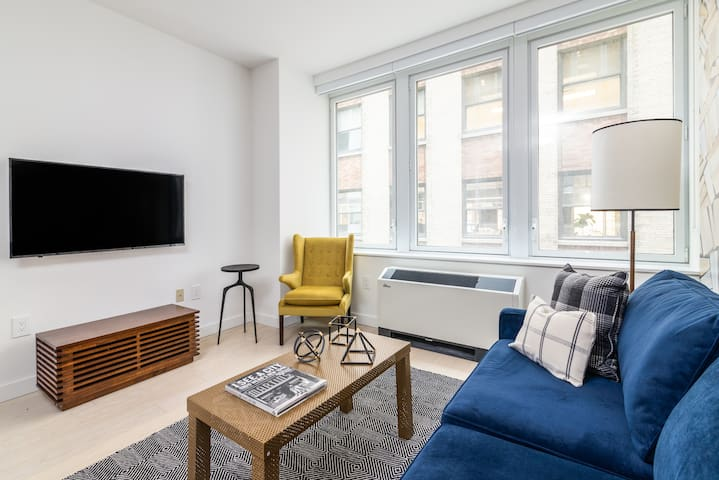 Sonder | Wall Street | Distinct 1BR + Laundry