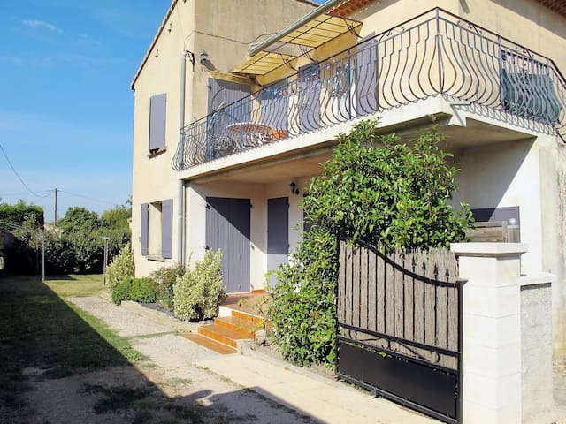 Holiday apartment in Les Taillades