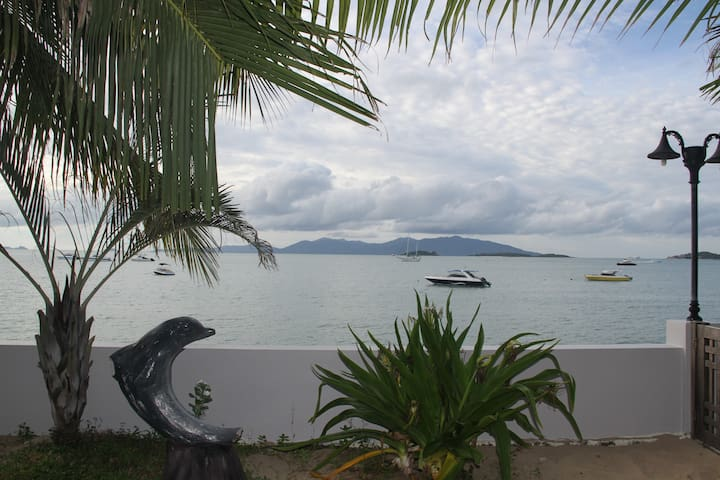 Boardroom Beach Bungalows Koh Samui - เกาะสมุย