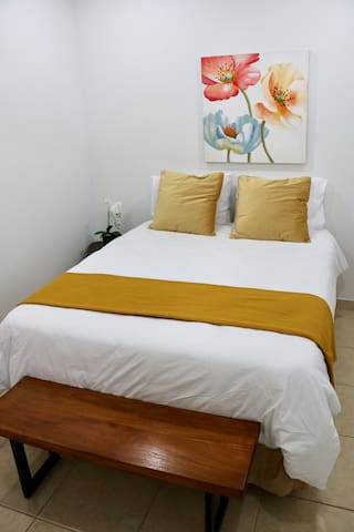 Master queen bedroom with A/C