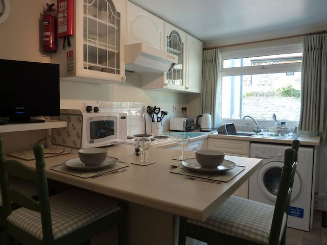 Little Fern Self Catering Apartment - Lynton - Apartemen