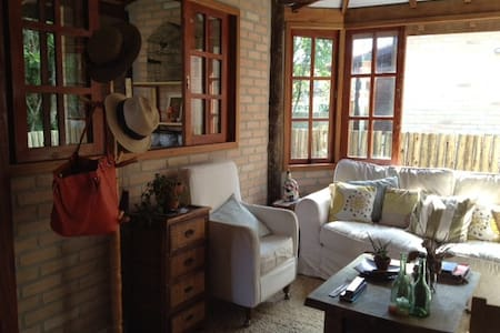 Camburi - linda casa em condomínio