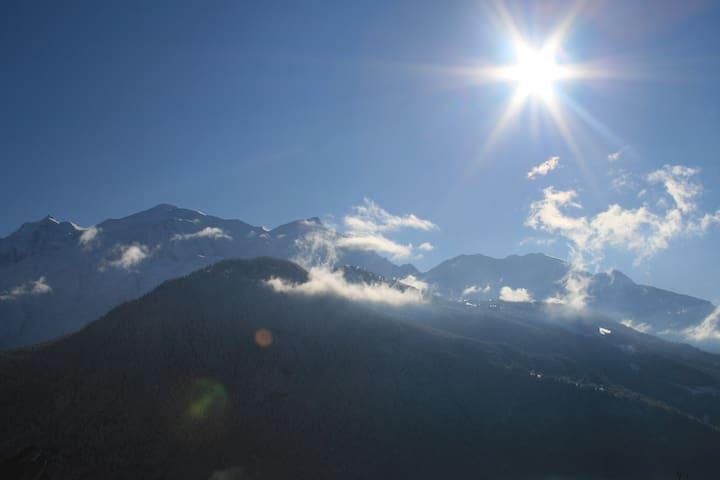 Appartement vue sur le mont blanc - Passy, Haute-Savoie - Apartment