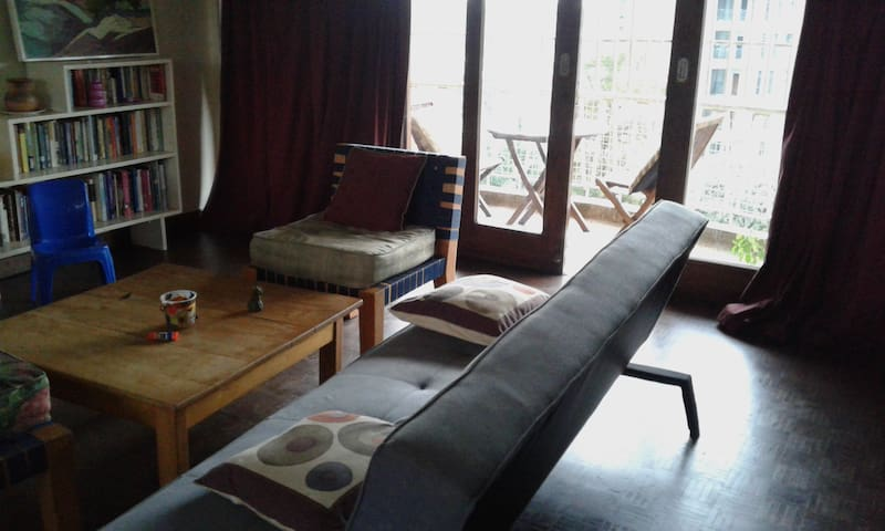 Conveniently located in city center - Kampala - Apartamento