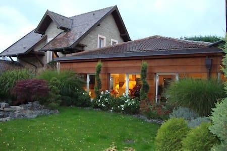 Chambre privée dans corps de ferme - Entzheim