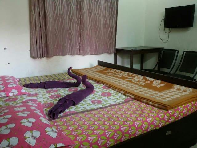 Cottage in Sukhsadan - Dehradun - Bed & Breakfast