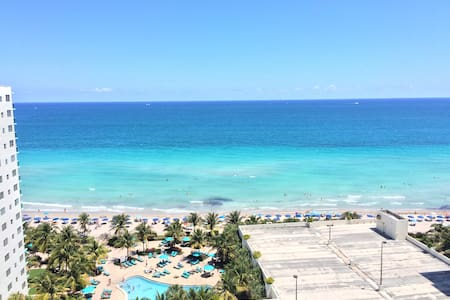 2 Bedroom Oceanfront - Hollywood - Apartamento