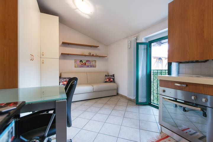 Cheap & Quiet Flat Milan and Monza - Nova Milanese - Casa