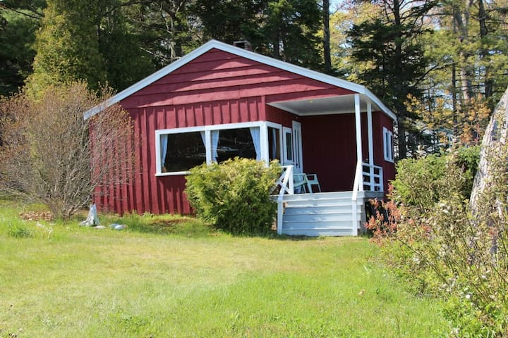 Shore Cottage at Harborfields - Boothbay Harbor - Chalet