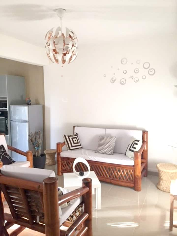 Apartment with 2 bedrooms in Le Gosier, with enclosed garden and WiFi - 800 m from the beach
