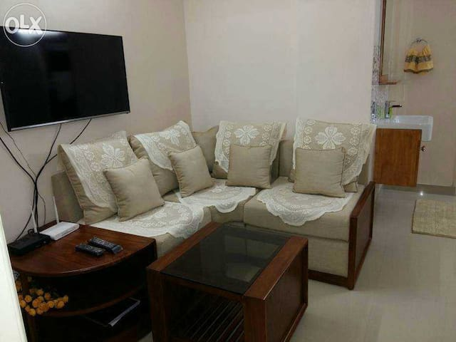 Fully Furnished 2 BHK A/c Apartment