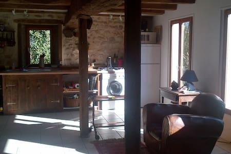 Maison paysanne, Berry Centre-Val-de-Loire, France - Argenton-sur-Creuse