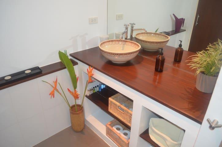 Seaview studio apartment - T. Saladan  - Apartament