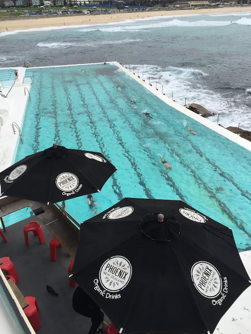 1 minute walk to the famous Bondi Icebergs pool , gym, cafe, restaurant and bar.