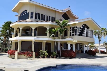 Casa Rohon, Main Room - Ház