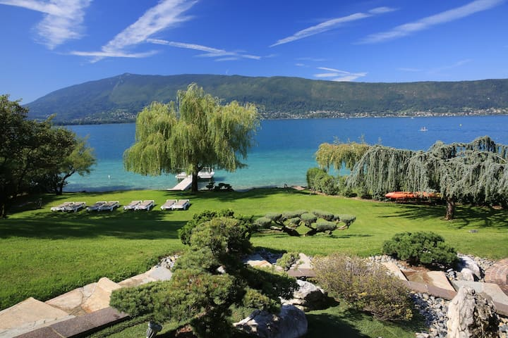5 star waterfront villa le France 10p. Annecy