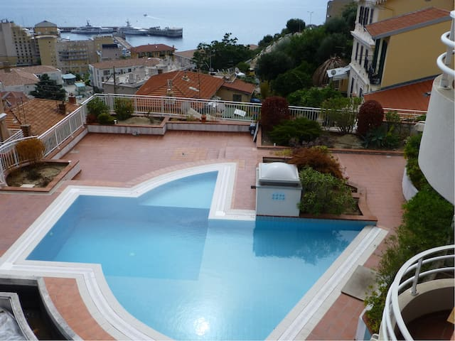 Beautiful Studio Facing Sea and Monte Carlo Monaco - Cap-d'Ail - 公寓