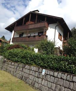 Appartamento vicino Pinzolo  - Bocenago - Leilighet