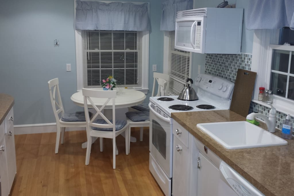 Galley Kitchen, All new appliances and eat-in breakfast nook.