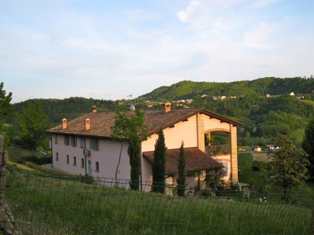 Beautiful B&B house Piedmont Italy - Ponzano Monferrato