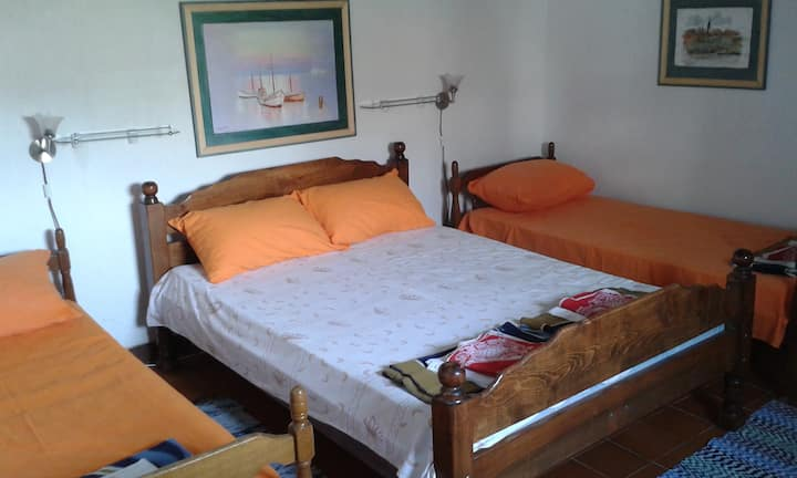 Triple room with sea view 1