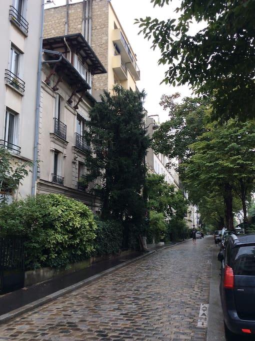 Villa du Bel air , A Charming and quiet street of Paris
